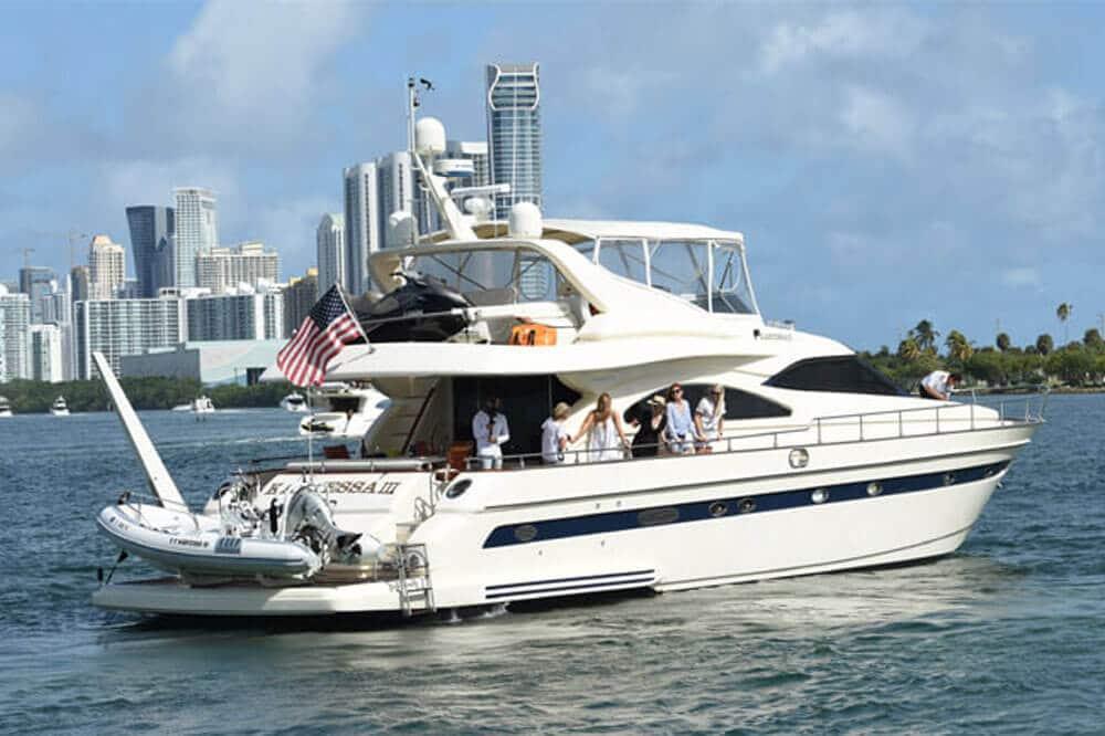 biscayne bay yacht charter cruise