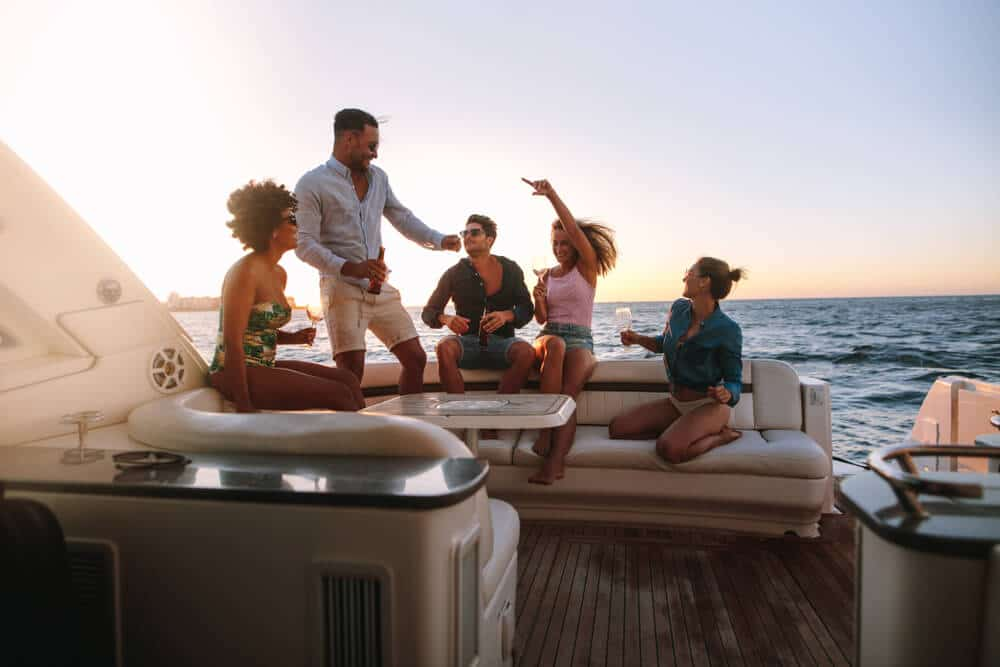 5 Reasons Why The Best Birthday Party Venue is a Luxury Yacht