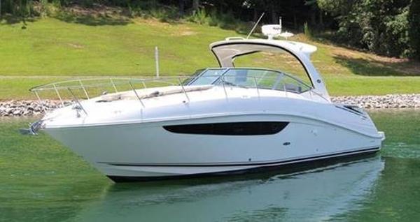 Sea Ray 370 Sundancer made in the USA